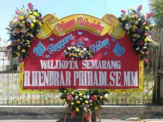 Harga Karangan Bunga Semarang