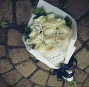 harga bunga wisuda di bandung
