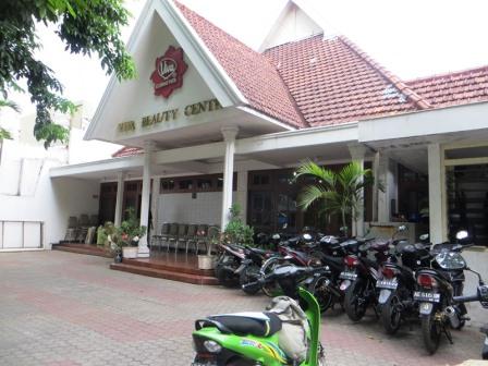 Lokasi perawatan di Viva Beauty Center Surabaya