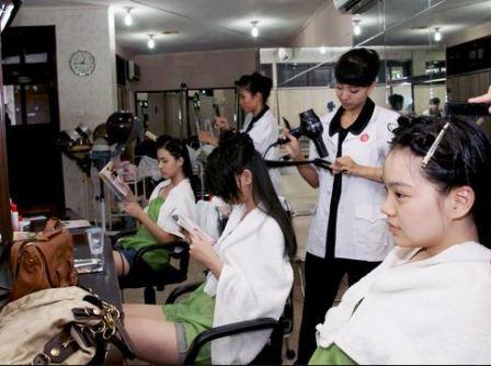 Perawatan kecantikan Viva Beauty Center