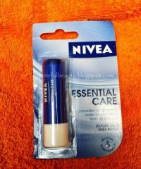 Harga Lipbalm Nivea Essential Care